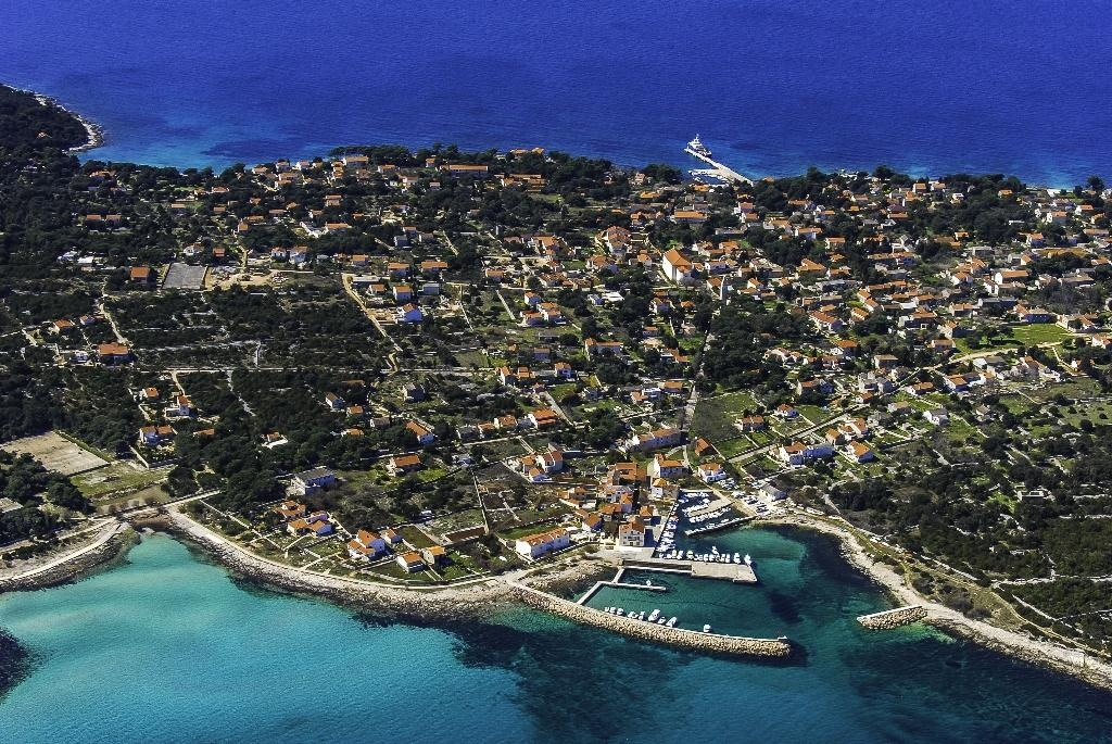 Use Accessories To Link Your Island To The Rest Of Your: Croatia Reviews