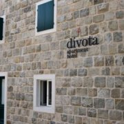 Divota Apartment Hotel