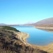 Peruća Lake