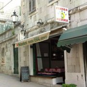 Konoba Pizzeria Feral