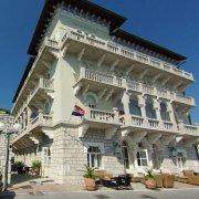 Arbiana Hotel