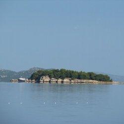 Makirina Bay Beach