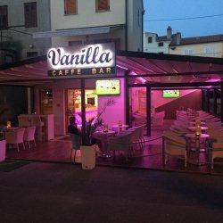 "Caffe bar ""Vanilla"""
