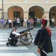 Terezijana 2014 - Dolazak carice u grad uz najavu topa